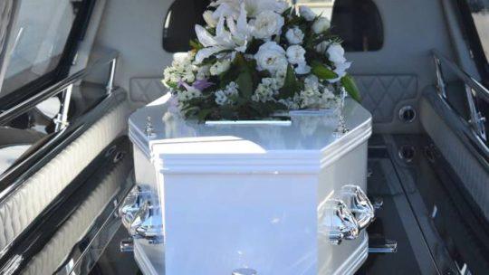 Comment organiser les obsèques d'un proche ?