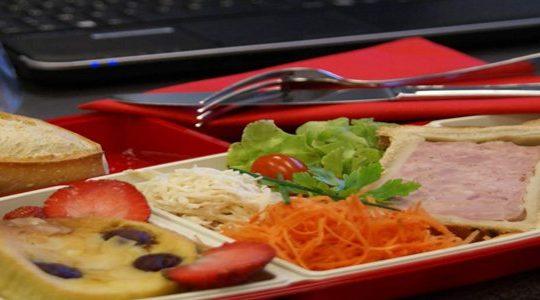 Comment faire pour avoir un plateau-repas sur son lieu de travail ou à domicile ?
