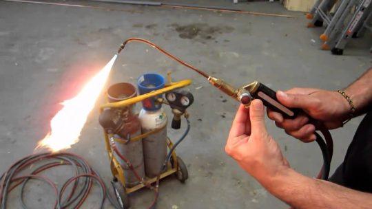 En quoi consiste un chalumeau plombier ?