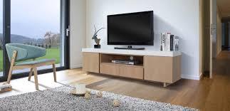Pourquoi opter pour un meuble TV du type industriel ?