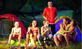 Comment trouver les bonnes colonies de vacances pour les petits-enfants ?