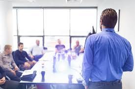 Pourquoi est-il important d'avoir de l'expérience avant de postuler pour un poste ?