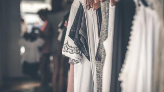 Comment trouver un grossiste de vêtements pour tous les âges ?