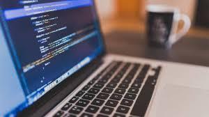 En quoi consiste le développement d'un site web ?