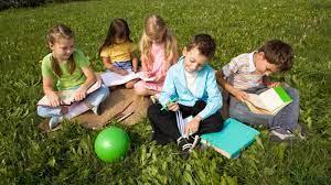 Pourquoi les élèves doivent-ils participer à une classe découverte ?